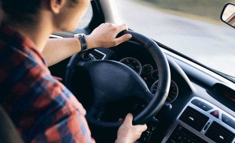 Miért büdös az autó?  4 módszer a szagok eltüntetésére